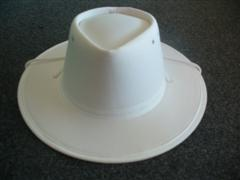 Newcastle Crush Hat 21/2 inch brim